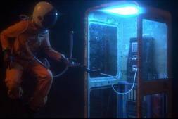 C4D工程:经典的三维宇航员电话亭模型C4D工程文件 52Hz Astronaut Phonebooth Scenefiles for C4D & Octane 免费下载